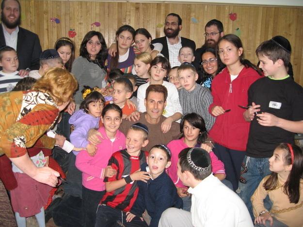 orphans2_041008_resize_625