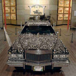Geller Effect Cadillac at Beaulieu National Museum